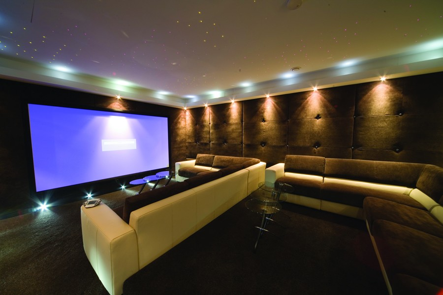 Why Should You Hire an Integrator to Create Your Home Theater?